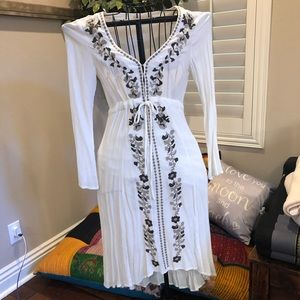 Loveriche embroidered dress